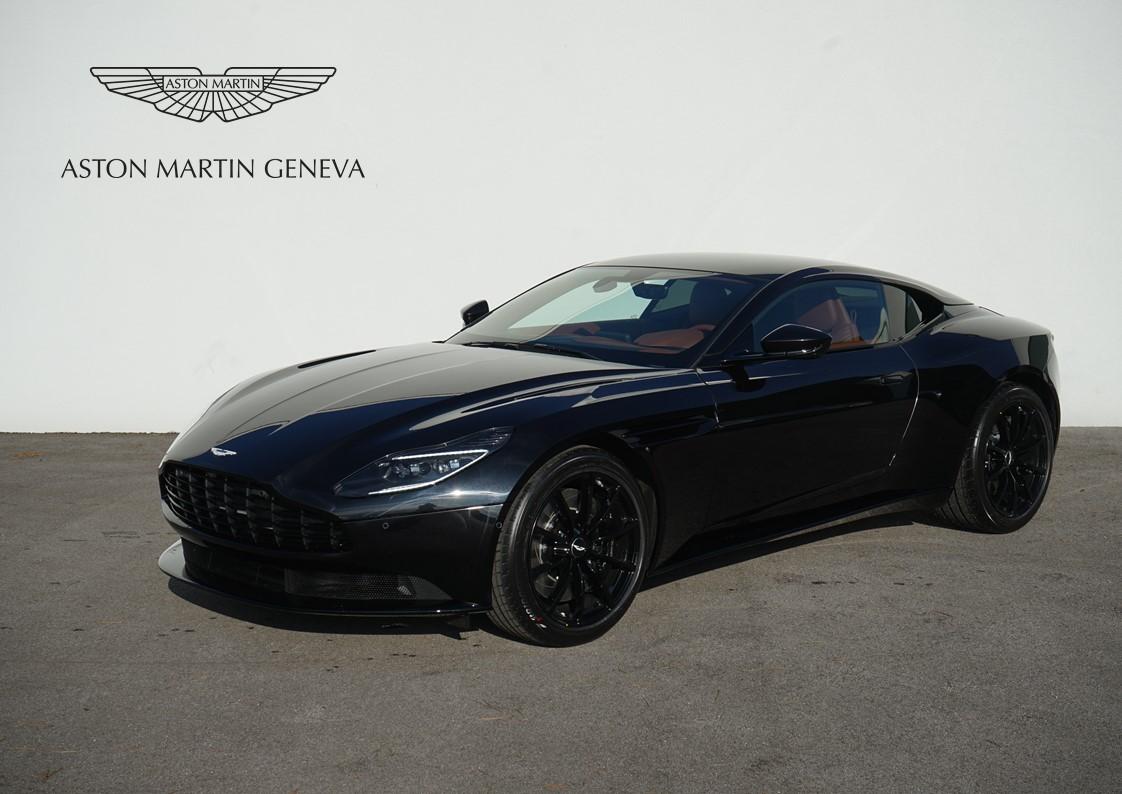 Db11 V8 Coupe Onyx Black L09331