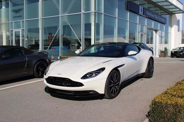 DB11 V8 Morning Frost White